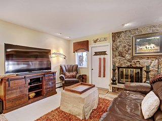 Cozy Riva Ridge Condominium with 1 Br in Vail Village