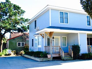Located in Ocracoke Village within walking distance of the harbor, shops and