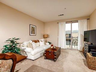Pell Place Condominium #126550
