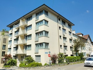 Pabs Residences - Kronenstrasse 37 (Apt 27)