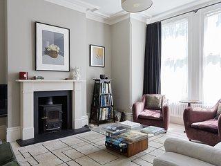 Veeve - Elegance & Sophistication near Hampstead Heath