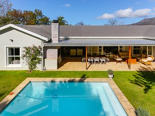 Constantia 4 bedroom home PRIVATE WATER SUPPLY