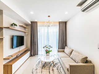 Luxury 4-star apt near Ben Thanh pool + gym