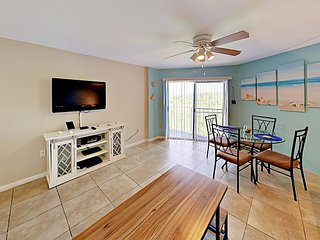 Ocean View & Private Beach Access! 1BR Ocean Pointe w/ Pool, Spa & Marina