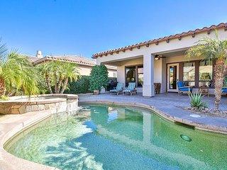 5BR Via Venezia Home w/ Casita & Private Pool – Commercial-Grade Kitchen