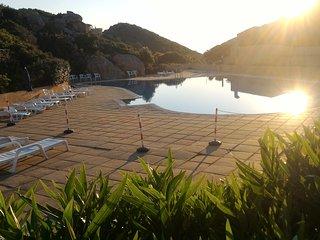 Appartamento Costa Paradiso con piscina condominiale Locazione Turistica Breve