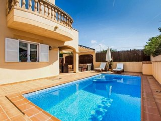 Mandia - Gemutliches Ferienhaus mit Pool in der Cala Mandia