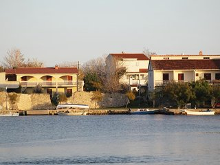 One bedroom apartment Nin (Zadar) (A-5805-b)