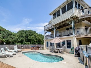 Climate Change | 850 ft from the beach | Private Pool, Hot Tub