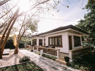 Nicolas Island Resort - 2 Houses