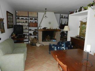 Appartamento in Villa con vista fantastica sul mar Tirreno immerso nel verde