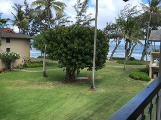 Kauai Kapaa #318 Ocean view condo Vacation Rental by owner oceanfront complex !