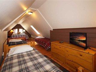 Fox n Bear Cottages 40105