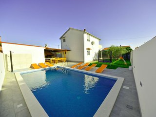 3 bedroom Villa in Sukosan, Zadarska Zupanija, Croatia : ref 5400227