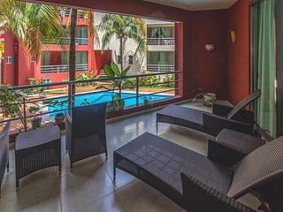 Coco Beach 2 Bedroom Condo with Pool - Allegria