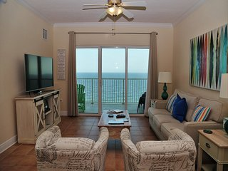 Crystal Shores West 905 ~ Spacious Beach Front Balcony, Direct Beach Access ~ Fr