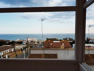 Apartamento situado a 50 metros de la playa, vistas espectaculares.