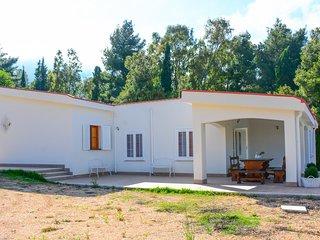 SC029 Villa unifamiliare 10 posti letto 2 bagni ampio parcheggio 250 metri mare