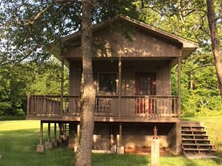 Cottage near Greenbrier and PGA,  Sleeps 4