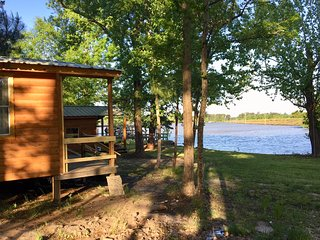 Waterfront Cabin #2 on Lake Livingston Texas