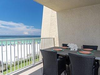 *Beach House 301C* - BEACHFRONT - New Rental - New Reno - Beach Svc Inc-Sleeps 8