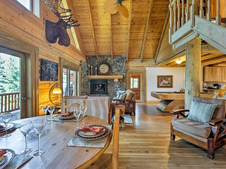 Well Appointed Log Home with 5 Ensuite Bedrooms