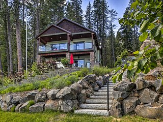 Pristine Home on Lake Coeur d'Alene w/Private Dock