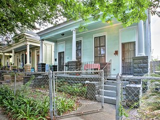 Centrally Located New Orleans Home-Walk Everywhere
