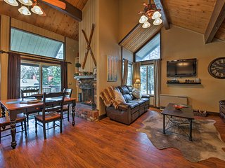 NEW! Big Bear Lake Ski Condo w/Balcony & Fireplace