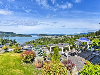 NEW! Anacortes Apt w/Amazing Island View from Deck