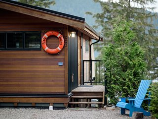 Spectacular Ocean View Cottage in Port Renfrew B.C.