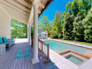 NEW LISTING! Luxury home w/pool, hot tub & foosball-near 3 towns & many beaches