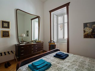 Apartment 27 m from the center of Naples with Internet, Air conditioning, Lift,