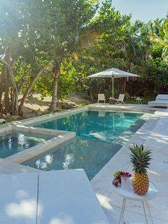 Casa Ixchel - Luxury Beachfront Villa