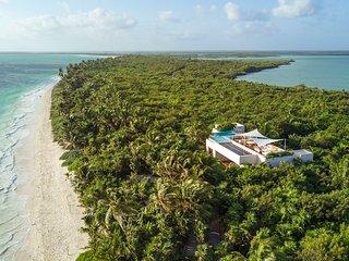 Casa Ikal - modern private luxury beach Villa