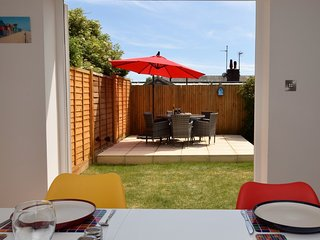 57998 Cottage situated in Pevensey Bay
