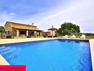 Finca with pool 10 minutes from Palma. Interior Mallorca. BBQ Satellite TV. Clea