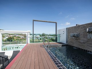 3 BR Penthouse (502) with private roof top pool and sea view