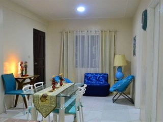 White&Blue Themed Vacation Home near Nuvali and Tagaytay