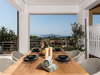 The Blue Island Suite - Just 300m From Agioi Apostoloi Beach
