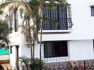 4BHK Property with Garden ;Pool View & 2 Terraces.