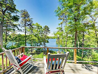 4BR on Jenkins Pond w/ Private Dock & Kayaks + Horseshoes, Bocce & Fire Pit