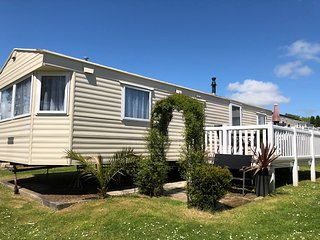 Looe Caravan on Looe Bay Holiday Park
