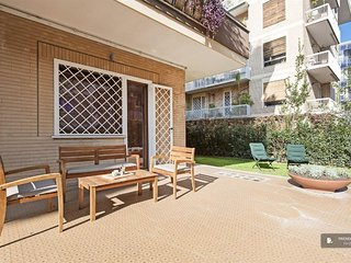Splendid 2 bedroom Apartment in Rome  (F5236)