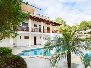 Villa alquiler vacaciones en golf Palma