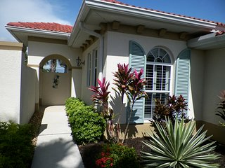 Beautiful Water View Bright, Airy, Spacious, 2BR 2 BA Venetian Golf and River Cl