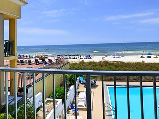 Pet Friendly Gulf Views On the Beach Steps Away 2nd Floor Private Deck