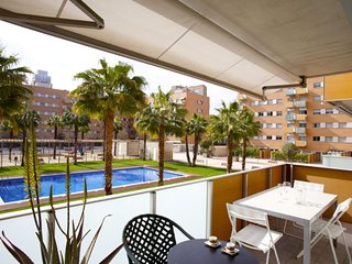 Luxury Vila Olimpica Pool Suites