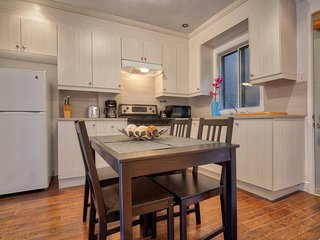 1BR Pad in Trendy Plateau