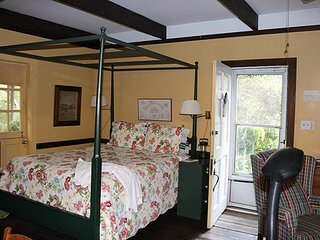 Bed and Breakfast of Summerville located in the Historic District of Summerville